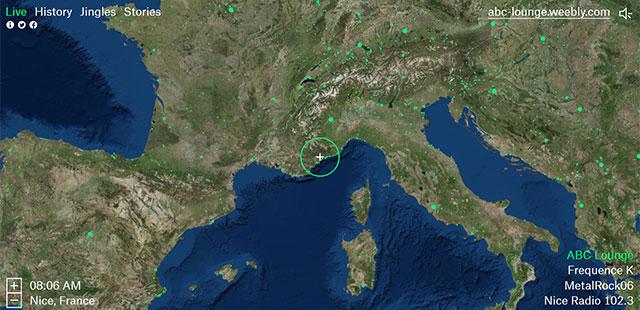 Radio Garden est un projet interactif en ligne qui partage des stations en ligne du monde entier en parcourant une mappe monde.